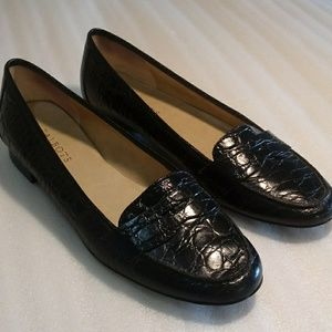 Talbots black penny loafers size 9AA